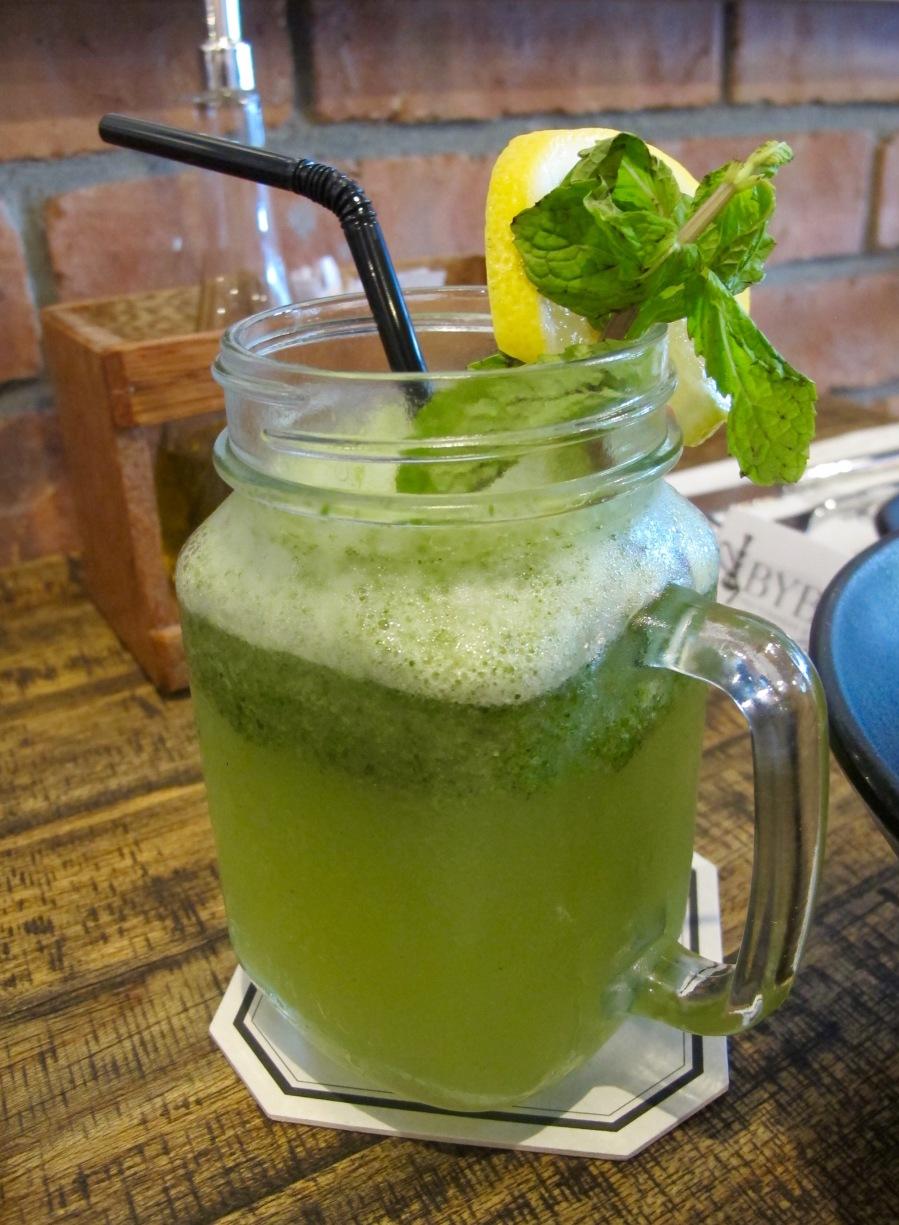 homemade lemonade mint juice byblos