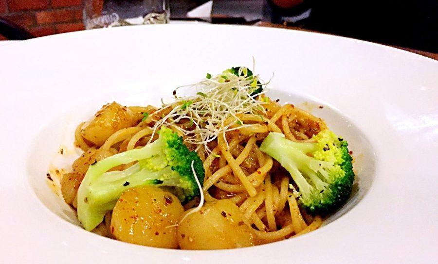 Hokkaido scallops aglio olio brazzo