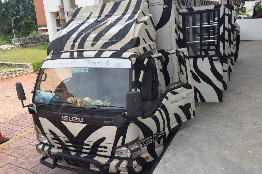 safari tram arabian bay resort bukit gambang resort city