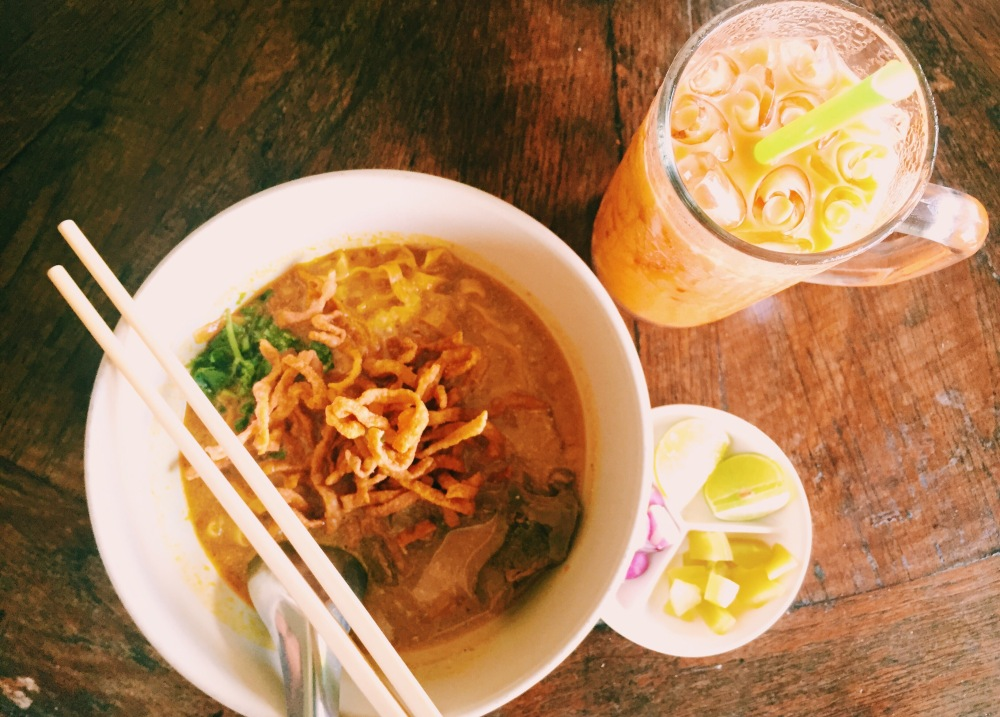 khao soi curry noodles chiang mai thailand