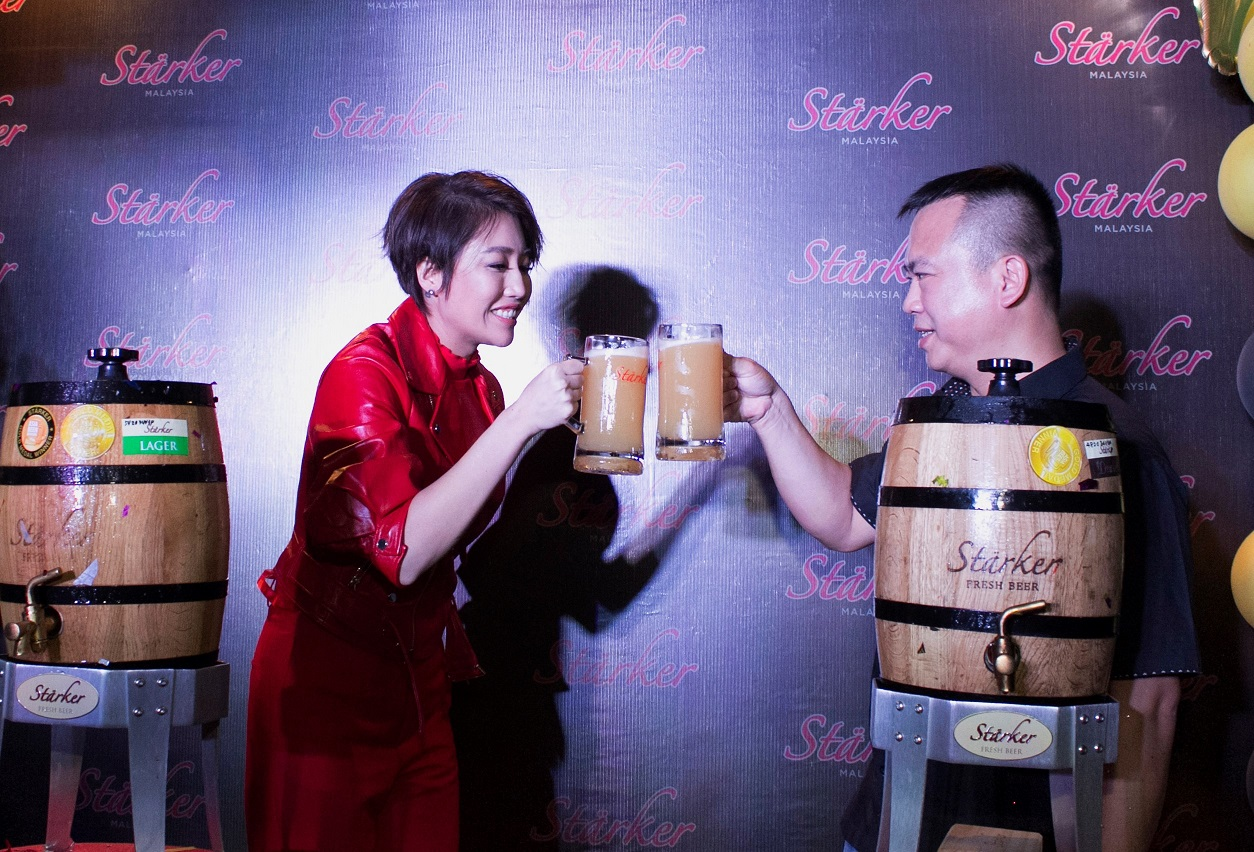 Official Launch of Stärker Bistro at Skudai, Johor Bahru with A-Lin!